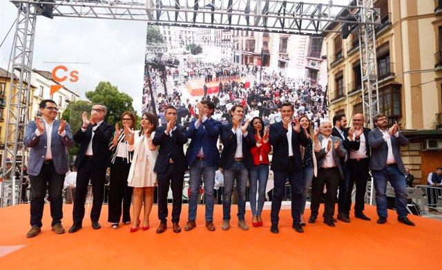 Acto de Ciudadanos en Granada, con Albert Rivera, Juan Marín y Luis Salvador