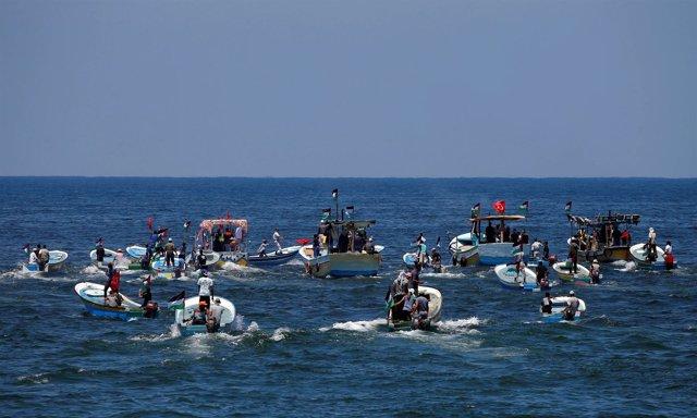 Embarcaciones palestinas salen de Gaza para intentar romper el bloqueo de Israel
