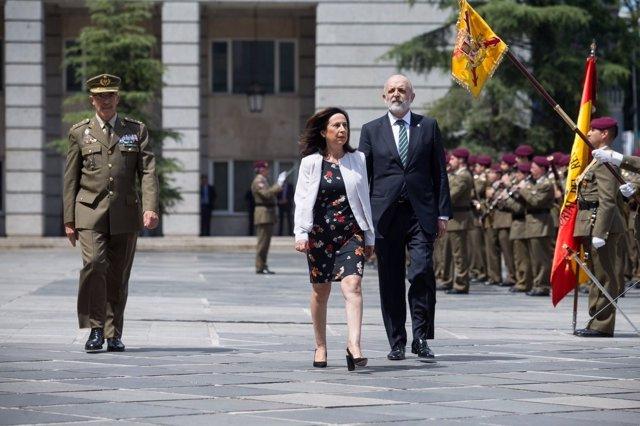 La ministra de Defensa Margarita Robles en el Ministerio de Defensa