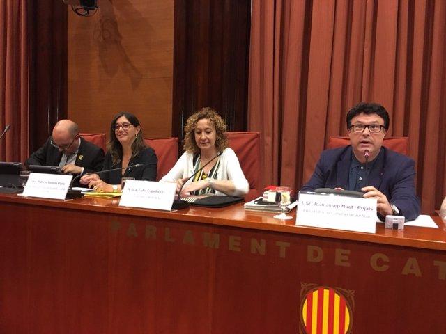 Al centre, la consellera de Justícia de la Generalitat, Ester Capella
