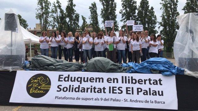Acte de suport als docents de l'IES El Palau, a Sant Andreu de la Barca