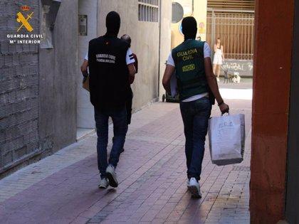 La Guardia Civil y la DIJIN de Colombia desarticulan dos organizaciones de blanqueo de capital y detienen a 23 personas