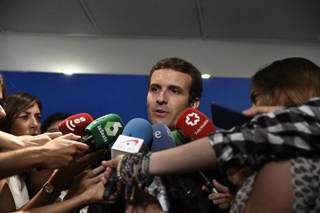 Declaraciones a los medios del precandidato a la Presidencia del PP Pablo Casado