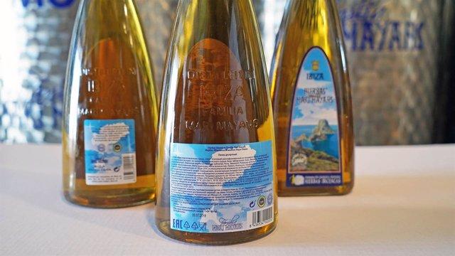 Botellas de Hierbas familia Marí Mayans
