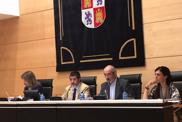 Valladolid. Comparecencia de Santos Llamas.