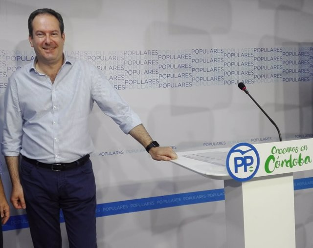 El presidente provincial del PP de Córdoba, Adolfo Molina