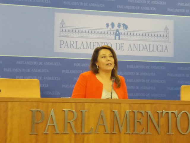 La portavoz parlamentaria del PP-A, Carmen Crespo.