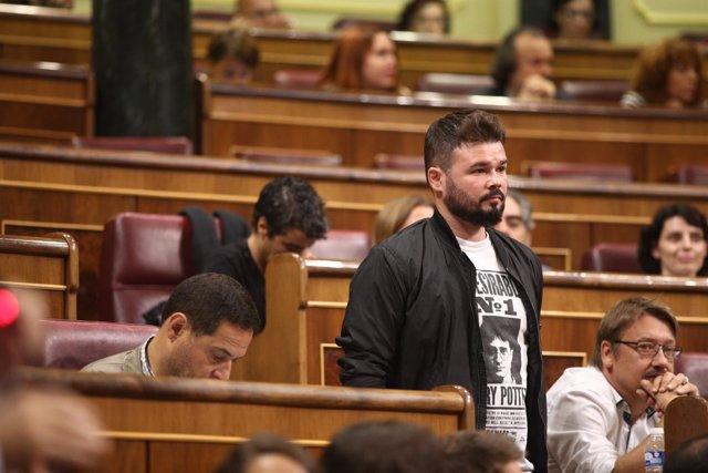 Gabriel Rufián abandona la sesión de control al Gobierno en el Congreso