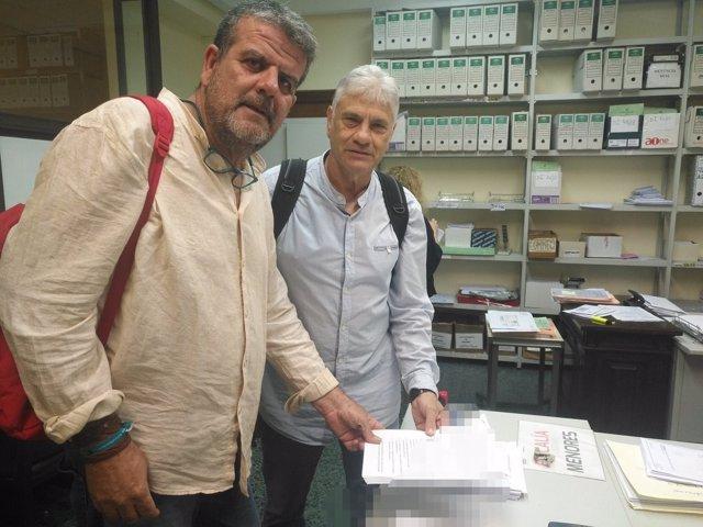 Podemos, Marea Blanca y afectados de iDental en la Fiscalía de Sevilla