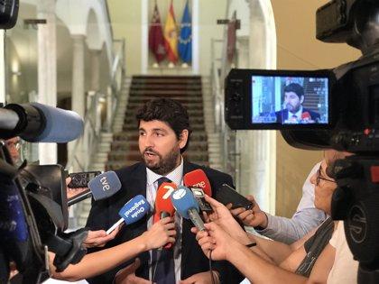 López Miras anuncia que empleados públicos de la Administración regional cobrarán la subida salarial del 1,75% en julio