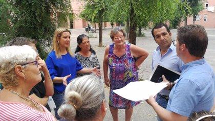 La reforma integral de la plaza de los 'Pisos Rosas' en Alcalá de Guadaíra (Sevilla) comenzará antes de final de mes