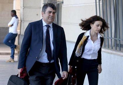 El abogado del PP-A en el caso ERE afirma que su cese en la RTVA es por falta de confianza y no por incompatibilidad