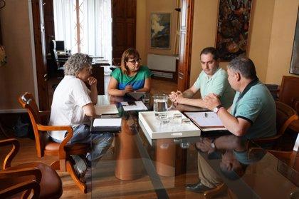 La OCB pide al Govern que parte del impuesto turístico se destine a normalizar el catalán en este ámbito