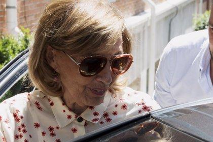 María Teresa Campos no consigue controlar las lágrimas mientras Terelu se encuentra estable y recuperándose