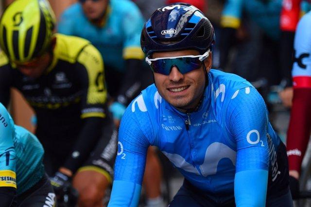 El ciclista Mikel Landa con el Movistar Team