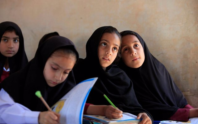 El coste de que las niñas no completen la educación secundaria: hasta 30.000 millones de dólares perdidos