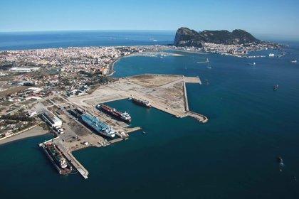 Interior ubica el Centro de Recepción de Inmigrantes en instalaciones portuarias de San Roque