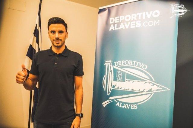 El Alavés ficha a Javier Muñoz