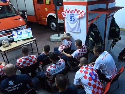 El viral de los bomberos de Croacia forma parte de una campaña para alertar sobre el peligro de festejar con pirotecnia