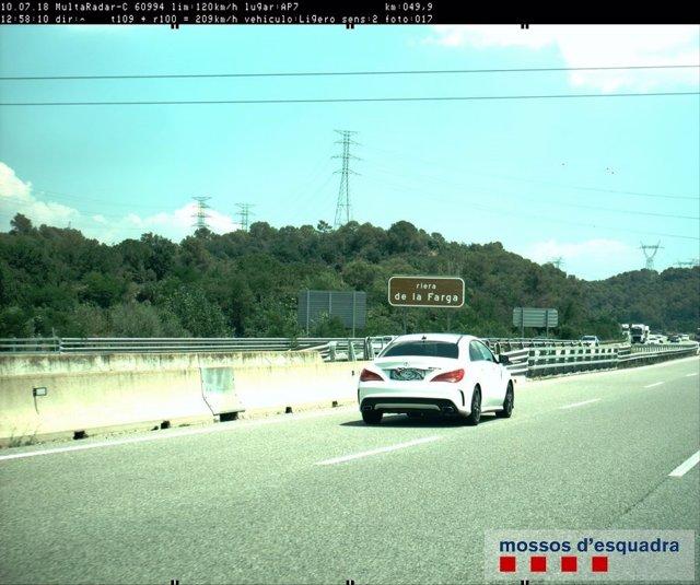 Denuncian a una conductora por circular a 209 kilómetros por hora por la AP-7