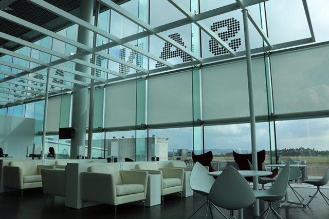 Interior sala VIP Aeropuerto de Santiago