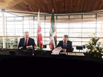 """Euskadi y Gales piden fortalecer el papel de las regiones con poderes legislativos y """"realidades nacionales singulares"""""""