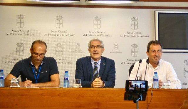 Damián Manzano, Gaspar Llamazares y Ovidio Zapico
