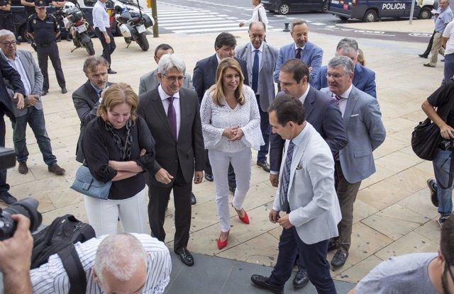 Presentan la memoria de la Aiqbe en Huelva y asiste Susana Díaz.