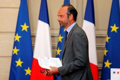"""El primer ministro francés advierte de que """"lo peor"""" aún es posible en el Brexit"""