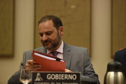 El Consejo de Ministros aprobará este viernes el descuento del 75% para insulares, Ceuta y Melilla