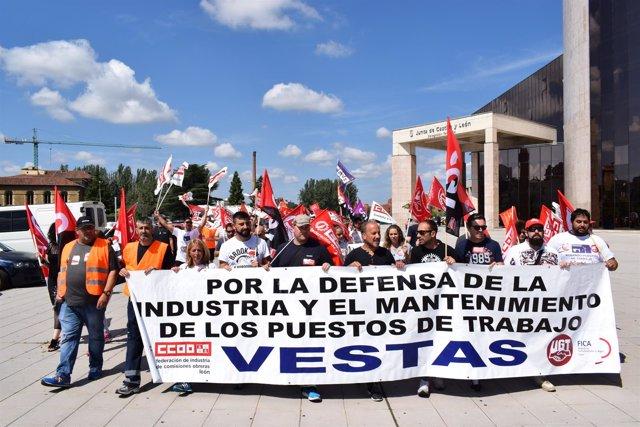 León.- Manifestación de la plantilla de Vestas