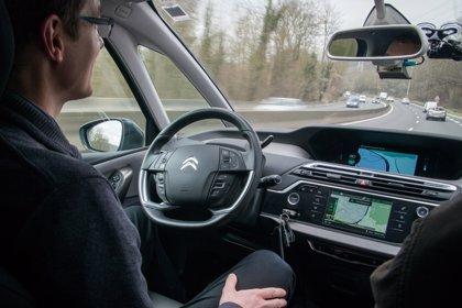 La llegada del coche autónomo aumentará en hasta 120.000 millones la facturación del sector para 2025
