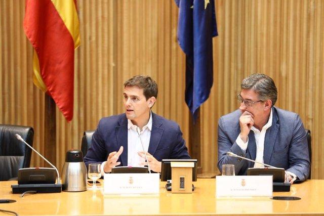 El presidente de Ciudadanos, Albert Rivera, e Ignacio Prendes