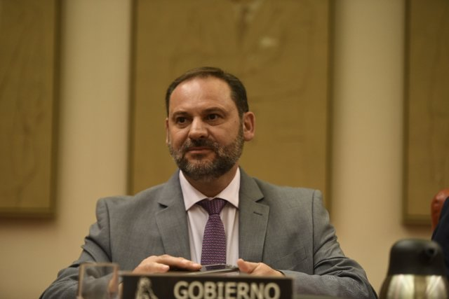 José Luis Ábalos compareix en la Comissió de Foment del Congrés