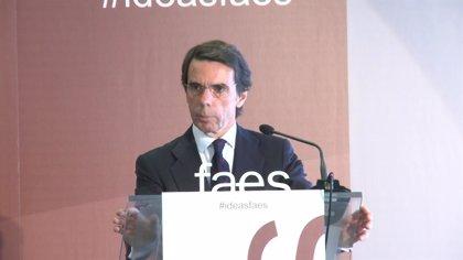 """Aznar pide no dejarse engañar por la """"clerecía buenista"""" que busca incorporar la autodeterminación a la agenda política"""