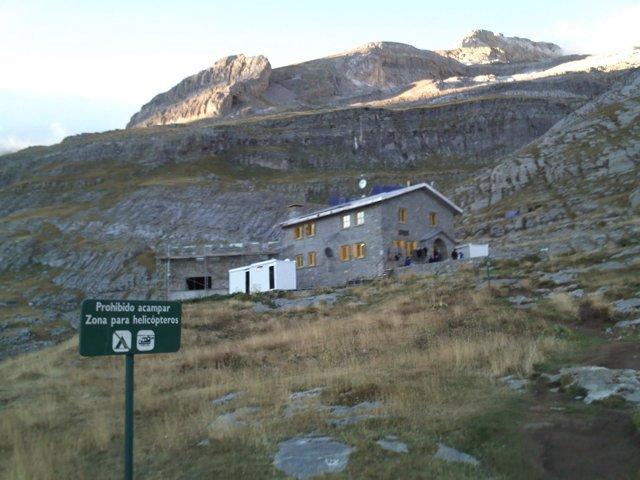 Refugio De Góriz, En El Pirineo De Huesca