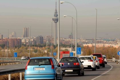 Los usuarios del transporte público aumentarán este año un 2%, un punto menos que en 2017, según ATUC