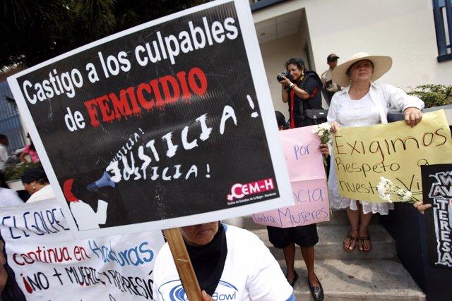 En Honduras muere una media de una mujer cada 18 horas