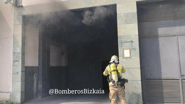 Incendio en un garaje de Leioa, Vizcaya