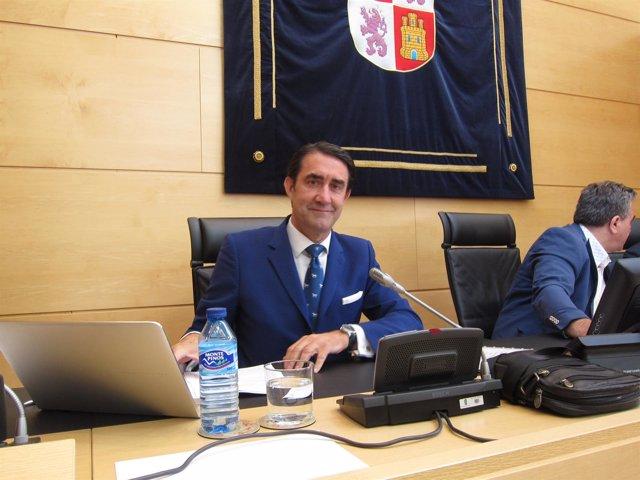 Suárez-Quiñones comparece en las Cortes