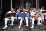 Recital de jotas en el Paseo Sarasate por el Día d