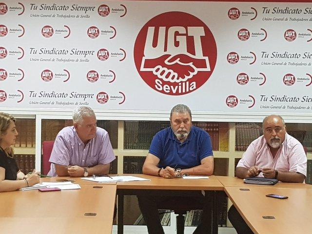 """UGT lamenta que CCOO """"venda a los trabajadores"""" del campo"""