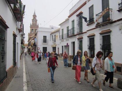 """Sevilla es la provincia donde más rápido se reduce el """"diferencial"""" entre la capital y los municipios"""