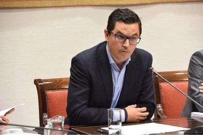 """El Gobierno de Canarias se muestra """"satisfecho"""" con el aumento del descuento al 75% y pide vigilar los precios"""