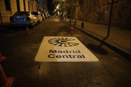 Todo el estacionamiento en superficie de Centro es ya de plazas para residentes