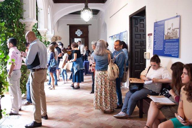 Asistentes a los Cursos de Verano de la UPO en Carmona