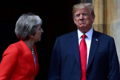 """Trump dice que """"pase lo que pase con el Brexit"""" le parecerá bien si siguen las relaciones comerciales"""