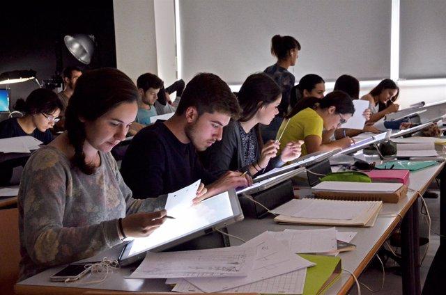 Alumnos uniAlumnos universitarios (archivo)