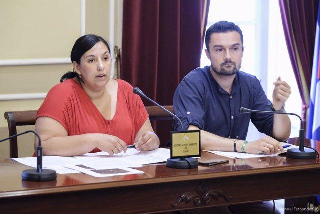 Ana Fernández y Martín Vila, concejales del Ayuntamiento de Cádiz