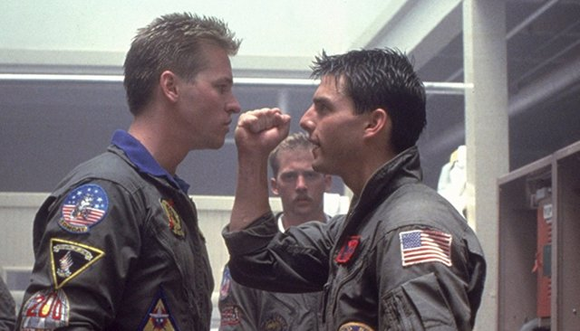 Tom Cruise y Val Kilmer en Top Gun